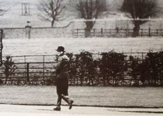 1981-01-09 Diana walks the Althorp grounds alone