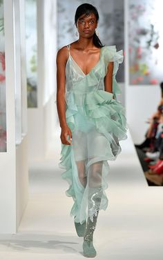 Preen's spring 2018 fashion show