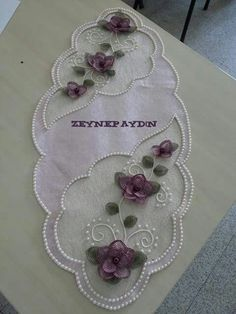 This Pin was discovered by Nev Embroidery On Clothes, Embroidery Applique, Embroidery Designs, Lace Beadwork, Felt Cushion, Penny Rugs, Ribbon Work, Lace Making, Cutwork