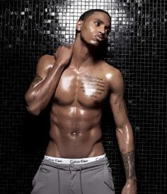 Goossshhhhh Trey Songz is so sexy. He'll forever be my crush ❤️