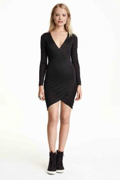 Short, fitted dress in jersey with a slight sheen. Low-cut V-neck and attached, wrap-style bodice section. Long sleeves, seam at waist, and asymmetric hem. Wrap Style, My Style, Asos, Zara, Dresses For Work, Formal Dresses, H&m Online, V Neck Dress, Autumn Winter Fashion