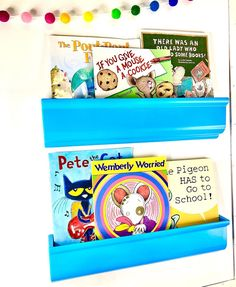 I FINALLY got a set of Lakeshore magnetic display shelves! 😍 I love being able display my favorite books! You know if you say you like a book, the kids will ALL want to read it! @polka.dots.please The New School, New School Year, Wemberly Worried, Who Book, Back To School Essentials, Display Shelves, Cookies Et Biscuits, Polka Dots, Books