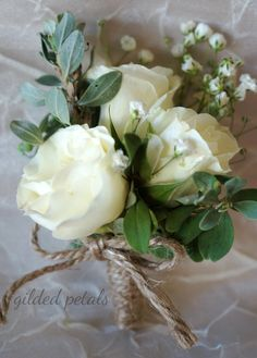 Gilded Petals cream and white corsage - use a silk wrap tie instead of burlap rope - for mothers and grandmothers White Corsage, Rose Corsage, Corsage And Boutonniere, Boutonnieres, Burlap Corsage, Wedding Coursage, Corsage Wedding, Wedding Bouquets, Bridal Shower Corsages
