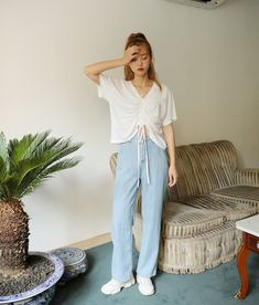 bcb9bd9b7710 Strappy Heels, Atletiska Kläder, Koreansk Stil, Mamma Jeans, Koreanskt  Mode, Mode