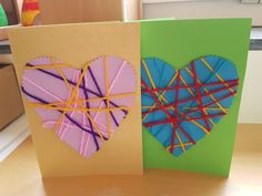 Mother's Day Cards - Cut out hearts with zigzag scissors and wrap with wool Day Fall Arts And Crafts, Creative Arts And Crafts, Diy Crafts For Gifts, Summer Crafts, Yarn Crafts, Holiday Crafts, Paper Crafts, Resin Crafts, Sunday School Crafts For Kids