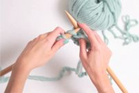 Retrouvez les meilleures pelotes de laine péruvienne 100% naturelle, nous proposons 20 coloris aux meilleurs prix.