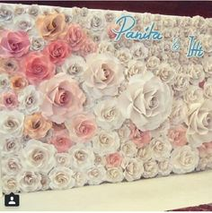 Discover thousands of images about paper flowers backdrop Big Paper Flowers, Paper Flower Decor, Giant Paper Flowers, Flower Crafts, Diy Flowers, Flower Decorations, Paper Flower Backdrop Wedding, Flower Wall Backdrop, Wall Backdrops