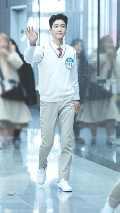 #Leesenghoon #winner #yg #ซึงฮุน #위너 #hoony #maetamong #이승훈 #WINNER #winner #yg #อินซอ #위너 #SEUNGHOON #SEUNGYOON #MINO #JINWOO  #이승훈 #강승윤 #송민호 #김진우 #realllllmino #มิโน        #seungyoon #xxjjjwww Kim Song, Beautiful One, Yg Entertainment, Boy Groups, Rapper, Kpop, Songs, Happy Birthday, Corner