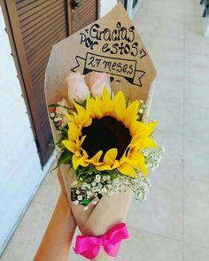 Beautiful Bouquet Of Flowers, Exotic Flowers, Fresh Flowers, Beautiful Flowers, Sun Flowers, Rose Flower Arrangements, Bouquet Box, Planting Sunflowers, Flower Words