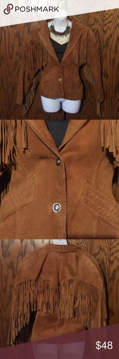 Caramel Suede Leather Fringe Coat Perfect for a festival. Size woman's medium. Outer shell is 100% leather and lining is 100% nylon.  Small tear in the lining. Chia Jackets & Coats