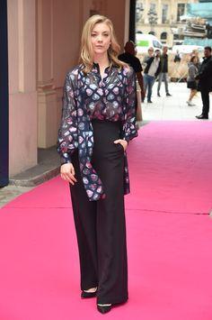 Pin for Later: Les Stars Se Rendent à Paris Pour la Semaine de la Haute Couture Natalie Dormer Au défilé Schiaparelli.