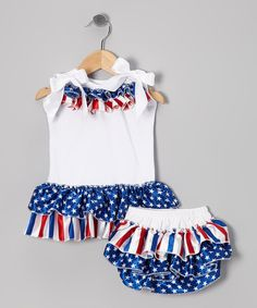 This patriotic set is picture-perfect, from the top's darling bow-tied shoulders to the diaper cover's ruffled bum. All it needs is a sweetheart to dance and prance inside its happy holiday seams.Includes tank and diaper cover100% cotton exclusive of decorationHand wash; hang dryImpor...