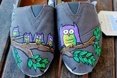 Owl TOMS shoes