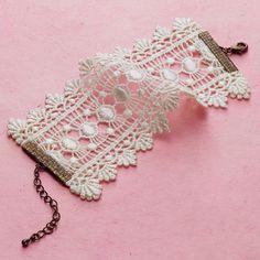 I like the lace