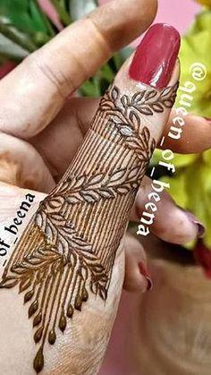 Henna tattoo hand wedding New Ideas Henna Hand Designs, Mehndi Designs Finger, Mehndi Designs Book, Mehndi Designs For Girls, Mehndi Designs For Beginners, Mehndi Designs For Fingers, Wedding Mehndi Designs, Unique Mehndi Designs, Floral Henna Designs