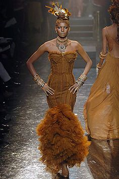Jean Paul Gaultier Spring 2005 Couture Fashion Show - Oumi (V MODEL)