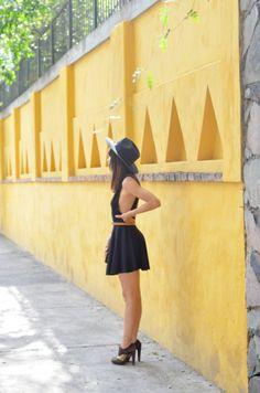 www.underwearisoverrated.com fashion inspiration little black dress
