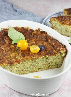 Zapiekanka z cukinii. Zucchini Casserole, Monkey Business, Avocado Toast, Grilling, Food And Drink, Veggies, Cooking Recipes, Breakfast, Fit