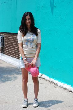A pair of Gap shorts as featured on the blog Hallways Are My Runways.
