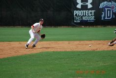 Stealing 2nd base at the Perfect Game Showcase in East Cobb, GA; circa 2012.