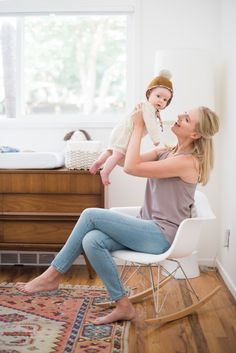 A Simple Modern Nursery: Photography: Sarah Box Photography - sarahboxphotography.com