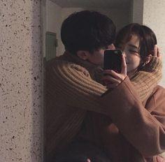 wanting a boyfriend, boyfriend goals, korean couple, korean ulzzang Funny Couples, Cute Couples Goals, Cute Couple Pictures, Couple Photos, Couple Goals Cuddling, Korean Couple, Ulzzang Couple, Boyfriend Goals, Cute Relationships