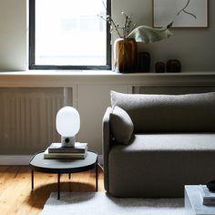 Lampe à poser Menu JWDA Marbre #marbre #salon #design #luminaire #livingroom #style #interieurdesign