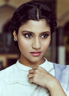 Randomlyxpakistani Bengali Actress Photographs PRIYANKA CHOPRA PHOTO GALLERY  | PBS.TWIMG.COM  #EDUCRATSWEB 2020-06-07 pbs.twimg.com https://pbs.twimg.com/media/EZwf7XzWsAAKQYY?format=jpg&name=medium