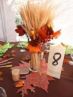 leaves and wheat, I would use this on the tables that people didnt eat on like tables with the food of guest book