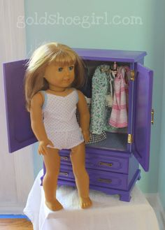 diy doll armoire from thrift store jewelry box - cute idea to remember when dolls are passed to next generation : diy doll armoire from thrift store jewelry box - cute idea to remember when dolls are passed to next generation Girls Furniture, American Girl Furniture, Doll Furniture, Dollhouse Furniture, Furniture Ads, Diy Dollhouse, Cheap Furniture, Furniture Design, Girl Doll Clothes