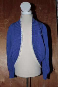 Børne bolero str 2 år Fremtillet i ren uld Pris 250 kr Kan evt fremstilles i andet matriale
