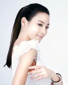 Actress Kim Soo Hyun