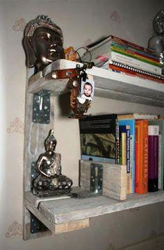 Muebles de palets: Sencilla estantería para poner tus libros