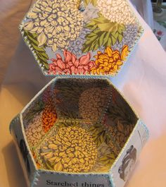 Card Basket, Crochet Box, Card Boxes, Card Crafts, Vintage Greeting Cards, Trinket Boxes, Gift Tags, Baskets, Recycling