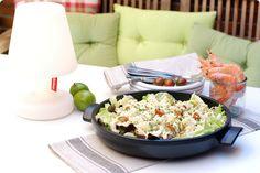 Receta de ensalada con pollo y patata con salsa tártara. No puede ser más sencilla y económica. Que la disfrutes.