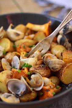 Salade de pommes de terre ratte aux coques et aux girolles
