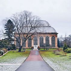 Whatever the weather the Botanics are beautiful  What are your plans this weekend? My mum is visiting today so this place is on the cards (unless we get waylaid at a certain Swedish café of course...)  #storiesfromscotland See more from Scotland at http://laretour.com