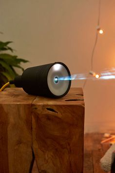 Beam Wireless Smart Projector