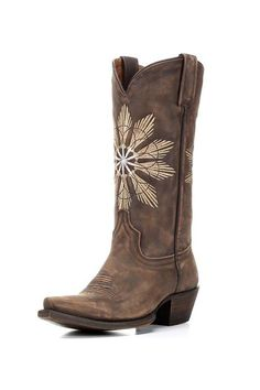 Eight Second Angel Cheyenne Saddle Boot  Unique Embroidered star designs burst front and back of the Boot. All-leather construction handcrafted fit and a modern snip toe make this boot versatile enough for almost any look.        Shaft Height: 12?      Toe: Snip      Heel Height: 1 5/8?      Cushion Insole      Leather Outsole      Goodyear Welt Construction      Shaft Circumference: 12 1/2? on size 7 (measurement varies by size)      Handcrafted in Leon Mexico     Cheyenne Saddle Boot by…