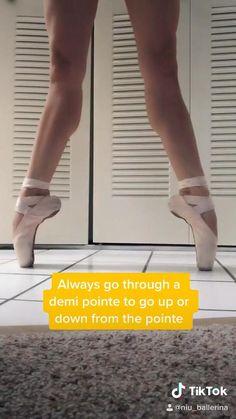 Ballet Dance Videos, Dance Tips, Dance Choreography Videos, Ballet Stretches, Ballet Moves, Ballet Dancers, Ballerina Workout, Dancer Workout, Gymnastics Videos