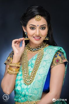 You Will Definitely Want To Steal These Bridal Looks For Your Wedding Beautiful Girl Indian, Most Beautiful Indian Actress, Beautiful Girl Image, Beautiful Saree, Beautiful Pictures, Simply Beautiful, Beautiful Bride, Beautiful Dresses, Beauty Full Girl
