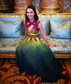 """Chantelle de Abreu at Buckingham Palace in her """"one of a kind"""" Vermeulen creation Parisian Chic, Couture, Buckingham Palace, Smart Casual, Bohemian, Womens Fashion, Clothing, Inspiration, Color"""