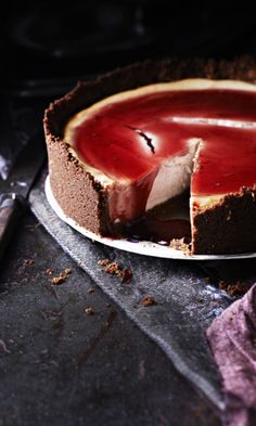 Mulled Wine Cheesecake - STOP it! Too delicious Just Desserts, Delicious Desserts, Dessert Recipes, Yummy Food, Tasty, Scandinavian Food, How Sweet Eats, Let Them Eat Cake, I Love Food