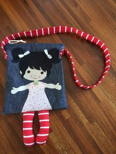 How to Choose The Right Handbag Sewing Patterns? Sewing Crafts, Sewing Projects, Diy Handbag, Handmade Bags, Handmade Dolls, Patchwork Bags, Kids Bags, Cotton Bag, Fabric Dolls