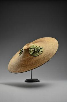 Chapeau bergère vers 1760. Musée du Costume et de la Dentelle