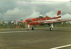Jacarezinho com amor - UOL Fotoblog .Aeroporto Jacarezinho 1987 - Esquadrilha da Fumaça