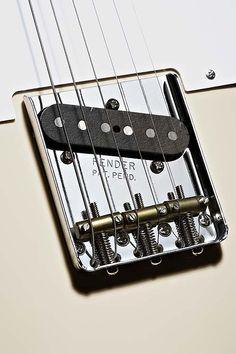 Classic Player Baja Telecaster® | Fender®