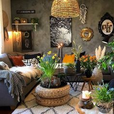 43 Awesome Bohemian Living Room Decor Ideas - Adorable 43 Awesome Bohemian Living Room Decor Ideas The Effective Pictures We Offer You About how - Bohemian Furniture, Bohemian Interior, Bohemian Decor, Modern Bohemian, Bohemian Style, Home Living Room, Living Room Decor, Bedroom Decor, Bohemian Living