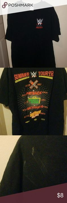 world wrestling entertainment t shirt men's world wrestling entertainment tshirt, summer tour 2015.  some debris on right shoulder, may wash off. will update posting if I wash it and it comes clean. 100% cotton. Gildan Shirts Tees - Short Sleeve