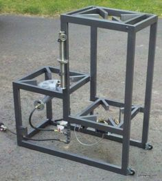 Homebrewing system 3 tier homebrew system with pump Brewery Equipment, Home Brewing Equipment, Home Brewery, Home Brewing Beer, Brew Stand, Distilling Alcohol, Wine Making Equipment, Brew Your Own Beer, Brewing Supplies